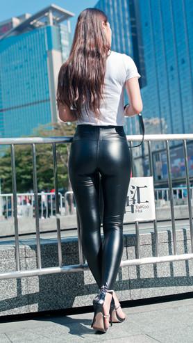 漂亮的紧身皮裤美女高清原图(283P)[3.45 GB/JPG]