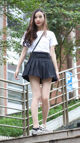 黑色短裙肉丝小姐姐高清原图(288P)[4.21G/JPG]