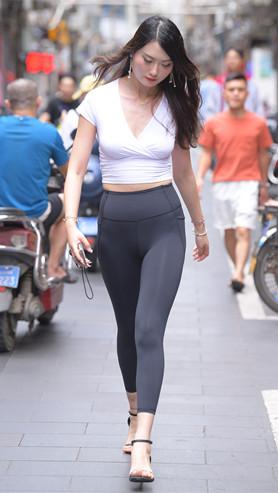 一、黑色瑜伽裤高清原图(196P)[4.33G/JPG]