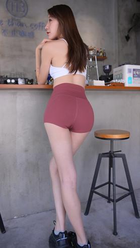 (套图一)红色高腰紧身短裤美女(359P)[6.4G/JPG]