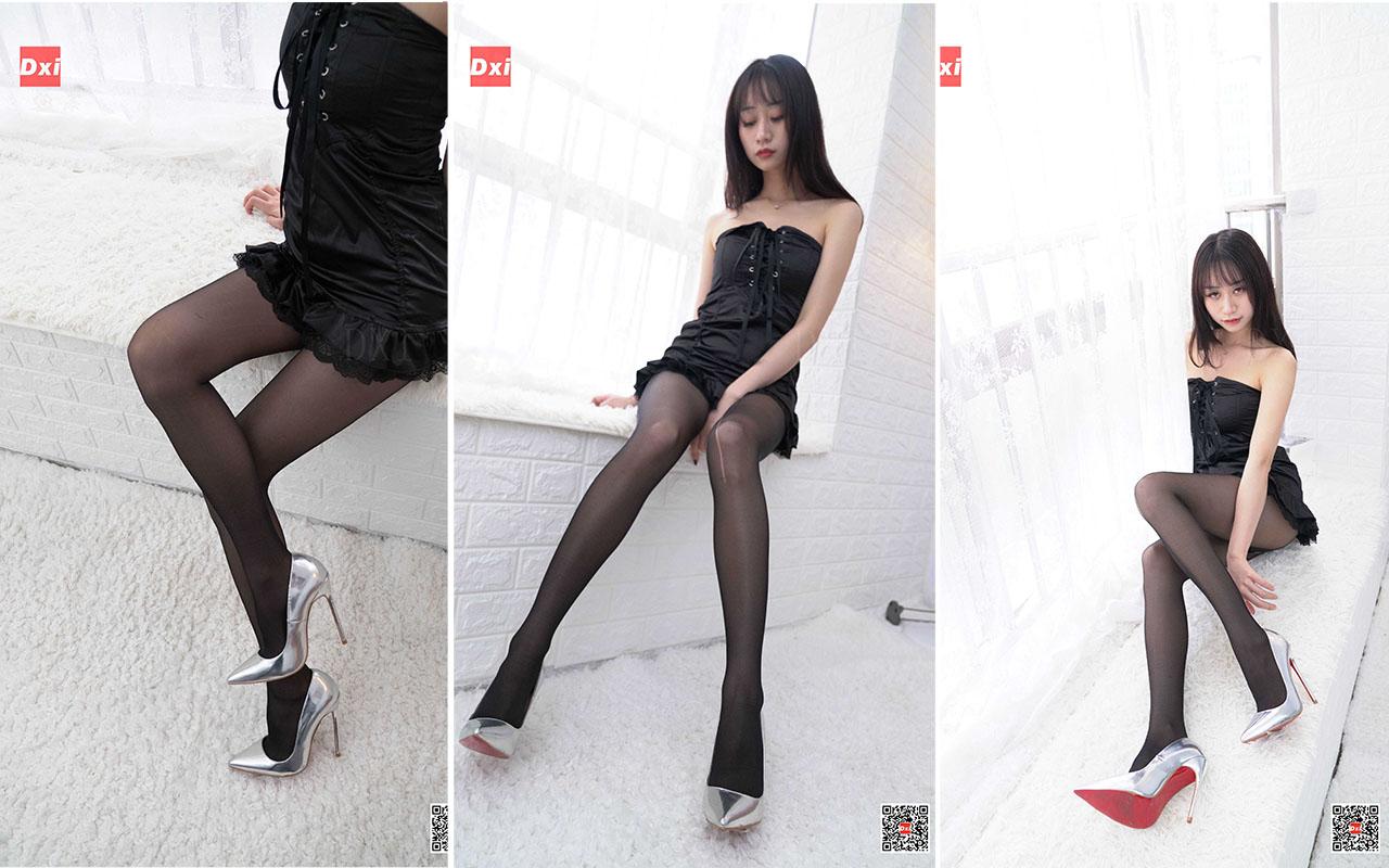 美西DXI029黑色的春光里模特美西 52p