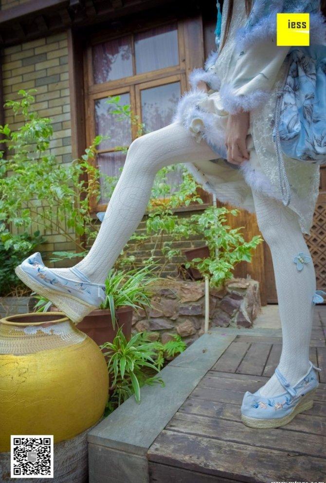 [IESS] 2017.12.11 丝享家122:木木《汉服绣花鞋白色袜》[96P-50.8M]