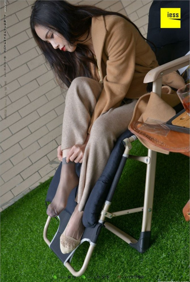 [IESS] 2018.04.15 丝足便当218:《小羽、船袜、短丝和平底鞋…