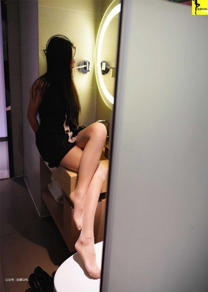 [丝慕写真] 第038期 模特:双双《双双小黑裙》