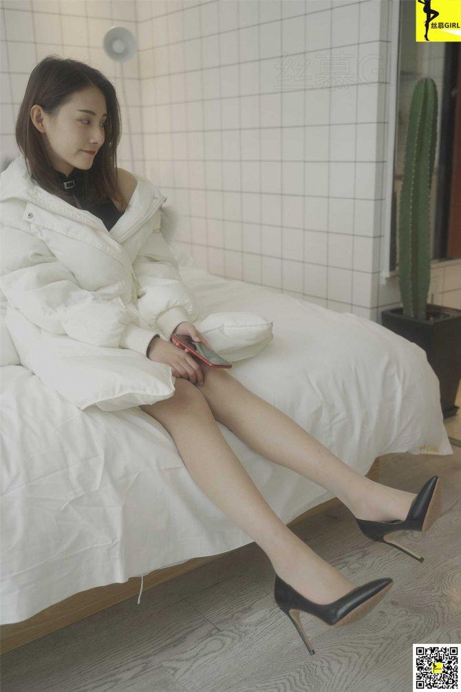 [丝慕写真] 第053期 模特:婷伊《初见》