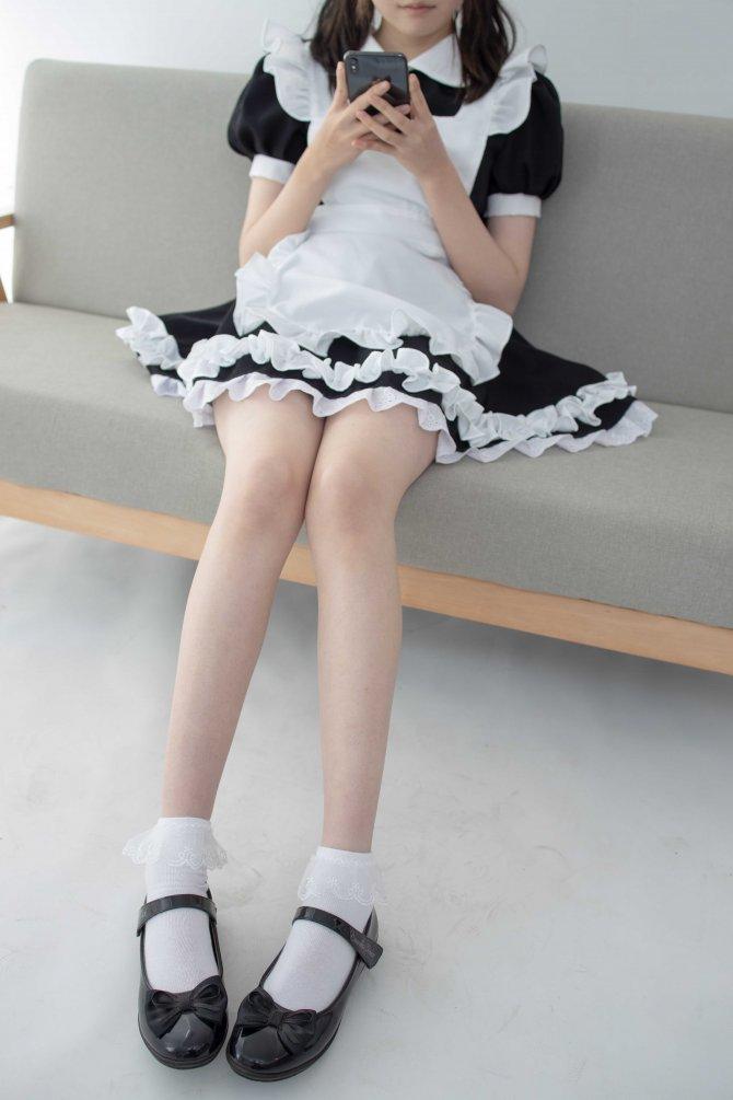 [森萝财团] 051 Aika 百圆定制2-2 蕾丝花边短袜女仆