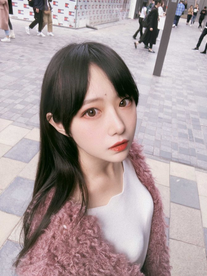 [Shika小鹿鹿] NO.050 三里屯街拍 [31P-301MB]