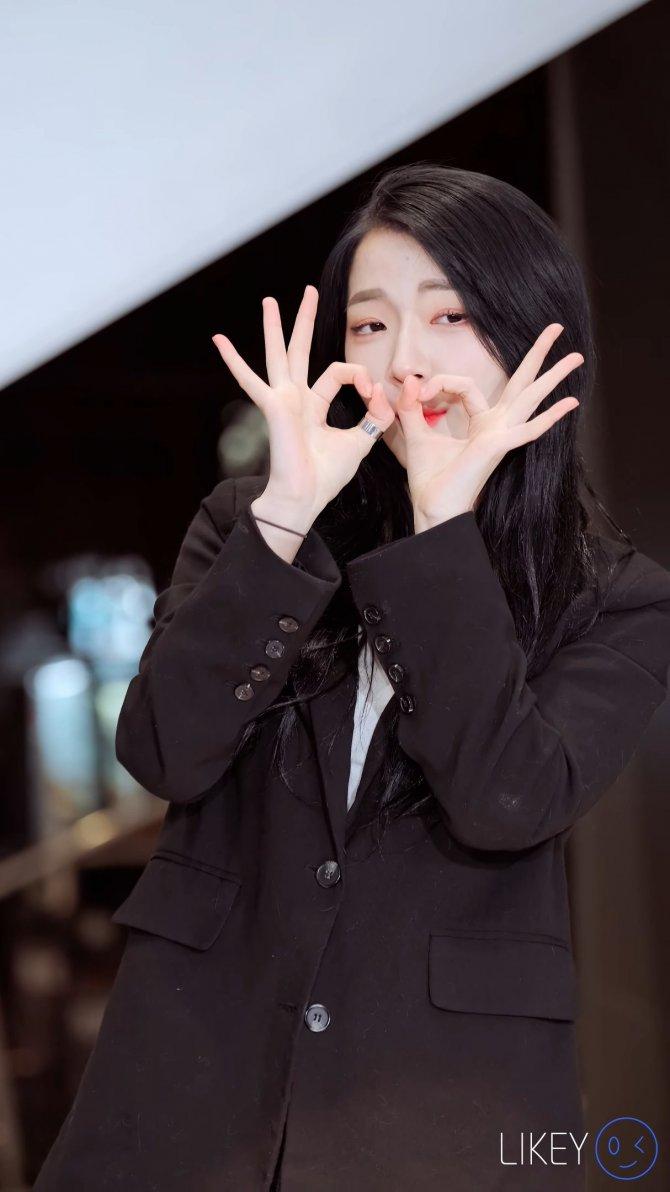 [1P][饭拍秀.7443][LIKEY作品][4K][2020.1.4][Clock JeongIn]