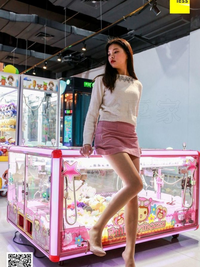[IESS] 2018.07.11 丝享家272:《玩娃娃机的少女》七七 [90P-31M]