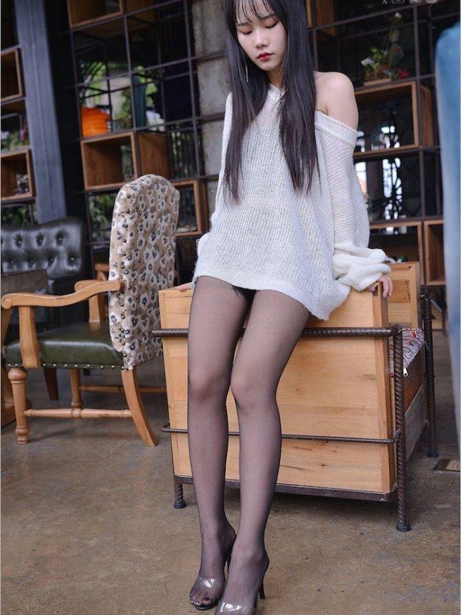 [IESS] 2018.02.25 丝足便当204:《长大的女孩要穿黑丝》琪琪  …