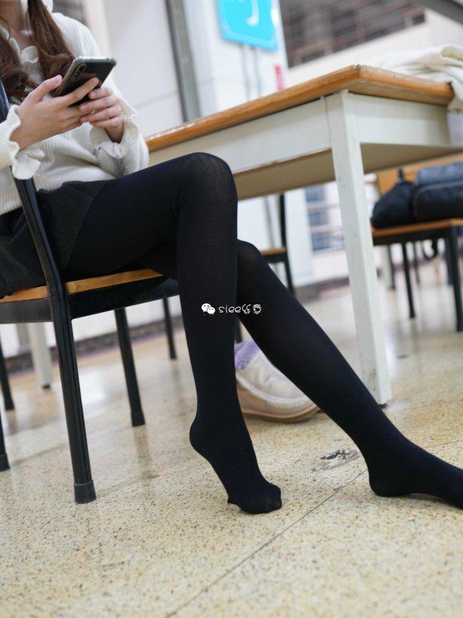 [SIEE丝意] No.254 颖儿~图书馆的黑丝 [41P45.4MB]