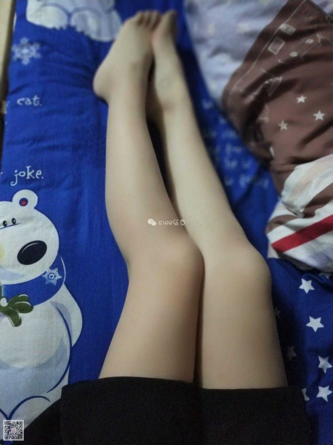 [SIEE丝意] No.085 萱萱~寝室自拍,贵在真实 [46P39.3MB]