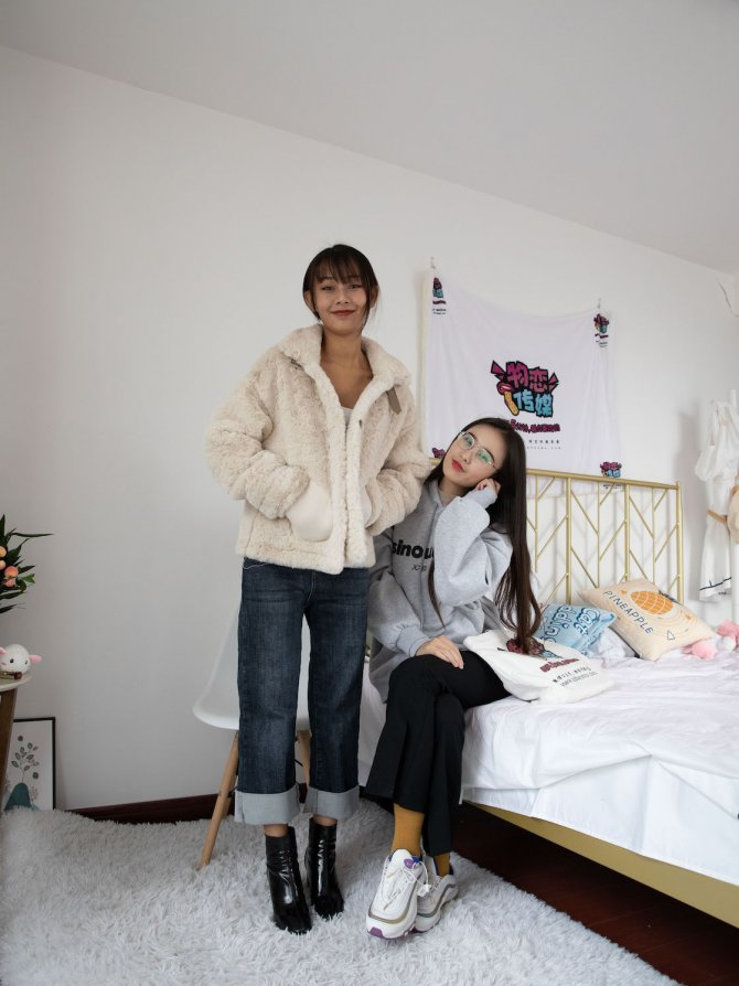 592期:岚岚&菲菲-冬雨心荷(短靴、运动鞋、棉袜、裸足)